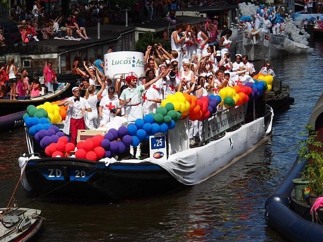 Gay pride lucas zh